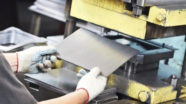 What Is the Standard Thickness of Sheet Metal?