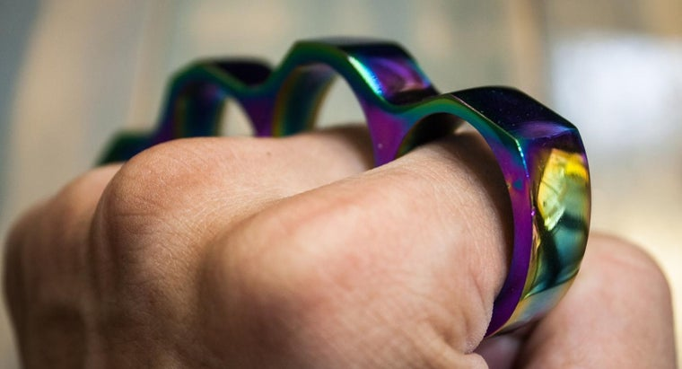 what states are brass knuckles legal