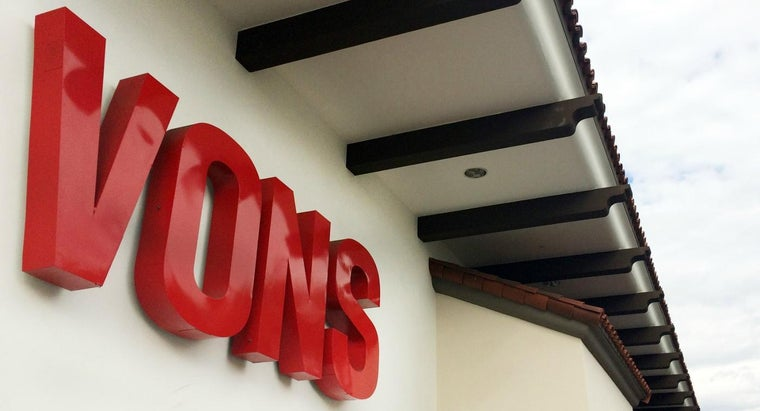 store-hours-vons