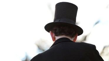 How Tall Was Abraham Lincoln's Hat?