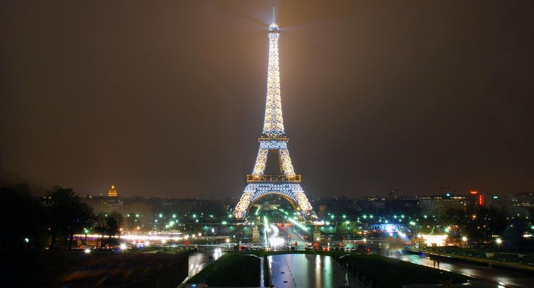 tall-eiffel-tower
