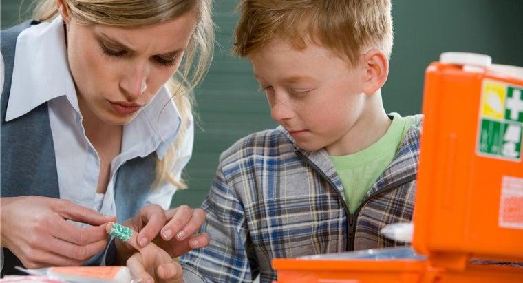 teach-first-aid-kids
