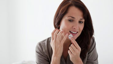 How Do You Tell the Difference Between Pimples and Cold Sores?