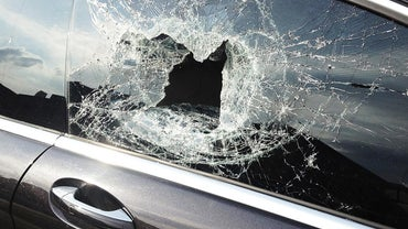 What Is a Temporary Fix for a Broken Car Window?