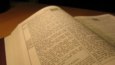 What Are the Ten Commandments in the KJV Bible?