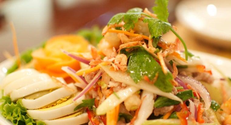 thai-people-eat