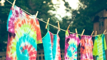 How Are Tie-Dye T-Shirts Made?