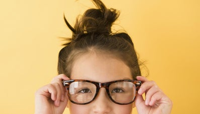 How Do You Tighten Glasses?