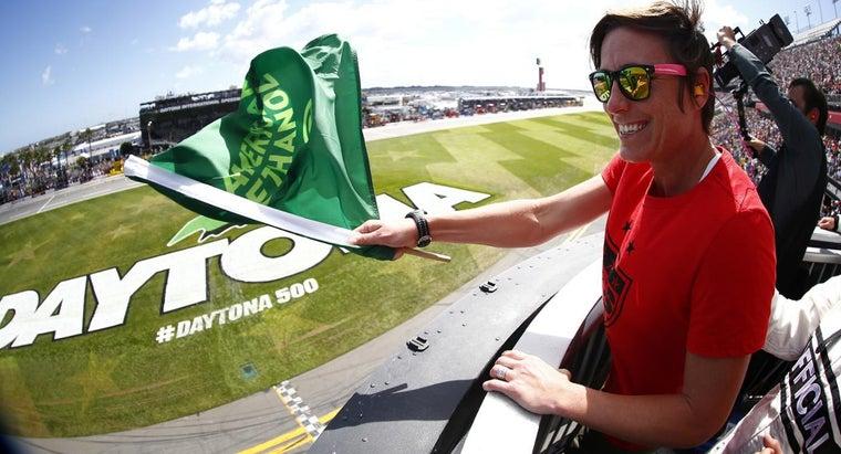 time-daytona-500-green-flag