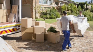 What Are Some Tips for Choosing a Moving Company?