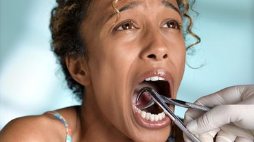 How Do You Treat an Infection Following Tooth Extraction?