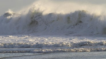 How Do Tsunamis Form?