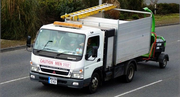 types-trucks-mitsubishi-sell