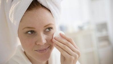 How Do You Unclog Pores?