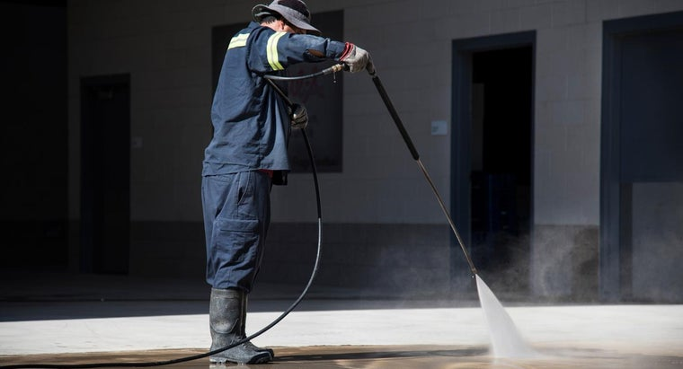 use-muriatic-acid-clean-concrete