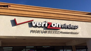 Which Verizon Cell Phones Are Best for the Elderly?