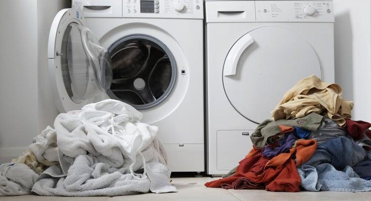 vinegar-set-colors-laundry