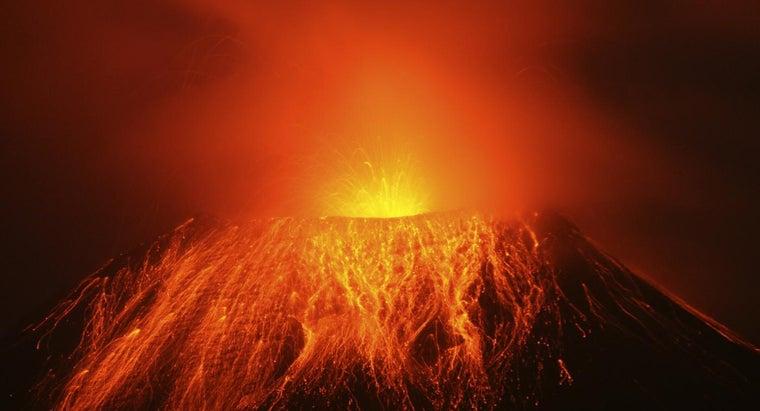 volcanoes-erupt