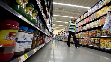 What Does Walmart Neighborhood Market Offer?