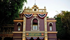Where Was Walt Disney's Secret Apartment in Disneyland?