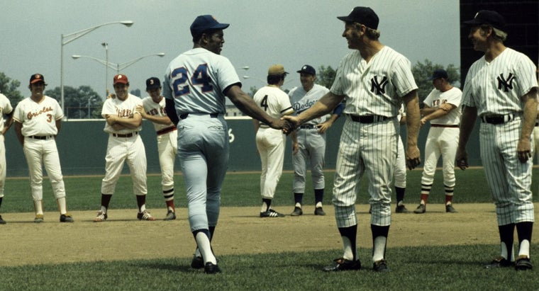 were-mickey-mantle-willie-mays-banned-baseball