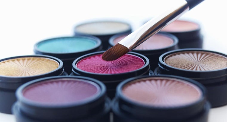 color-eye-shadow-should-wear