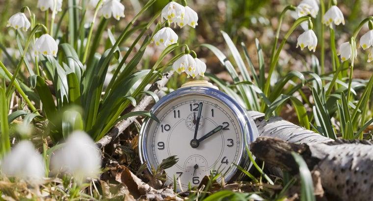 day-turn-clocks-back