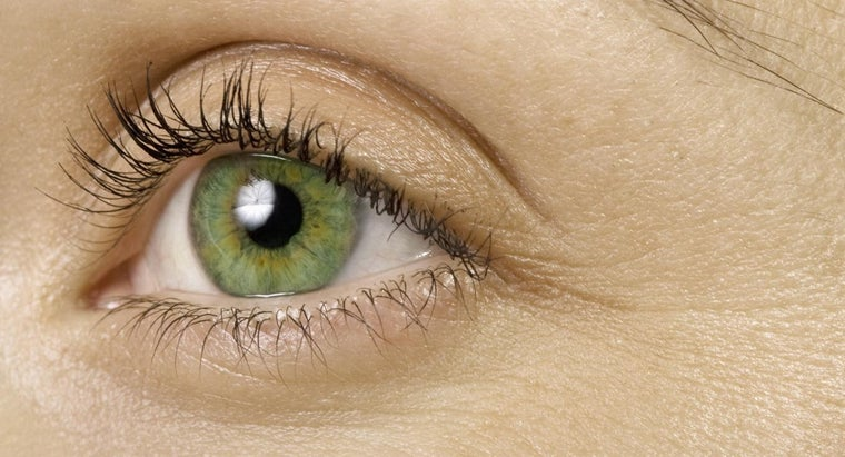 hair-color-suits-green-eyes