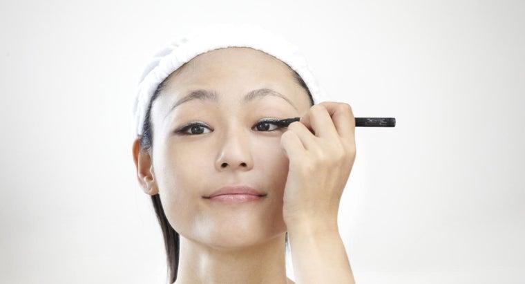 way-apply-eyeliner