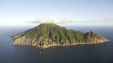 What Is the Smallest Island in the Caribbean?