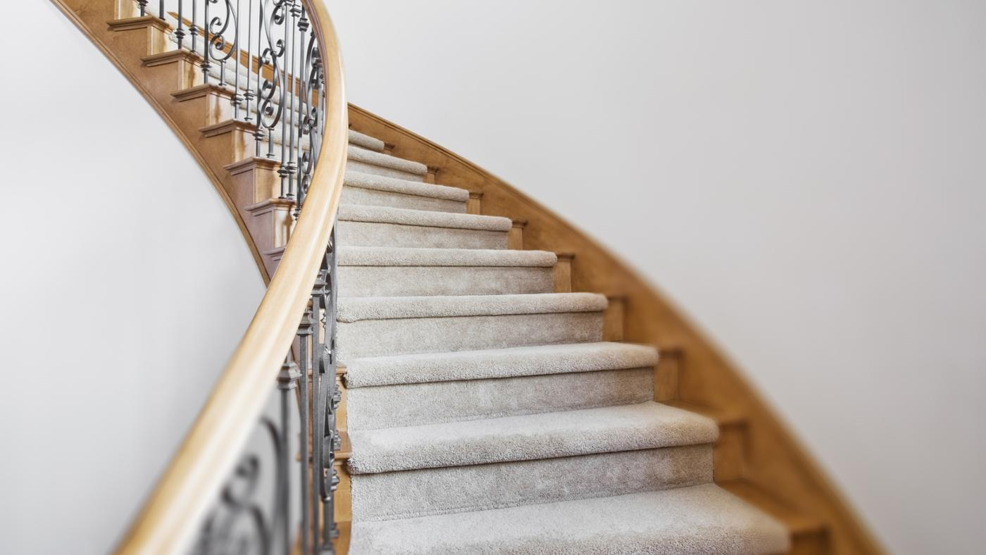 What Is the Standard Handrail Height for Stairs ...