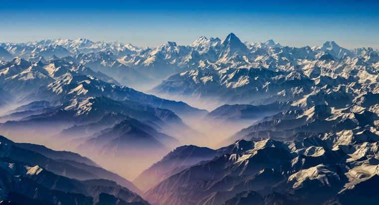 large-mountain-range-found-north-india