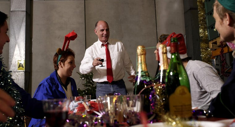 should-wear-company-christmas-party