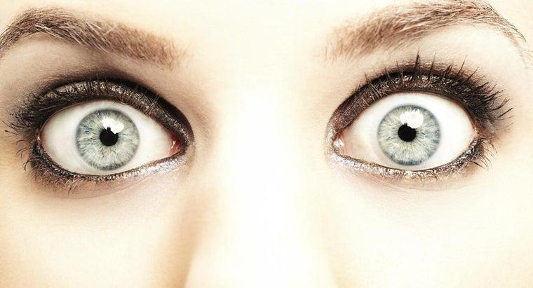 whites-eyes-white