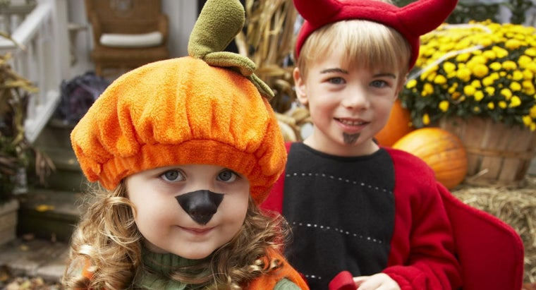 people-dress-up-halloween