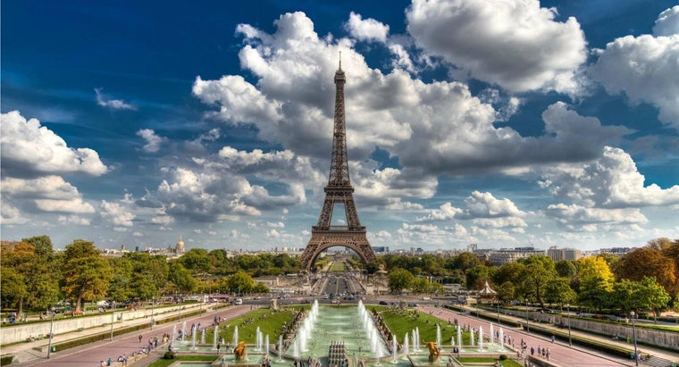 eiffel-tower-famous