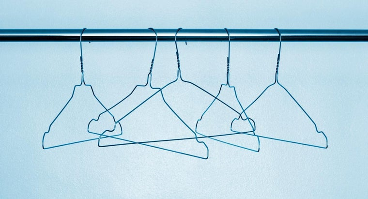 wire-coat-hangers-made
