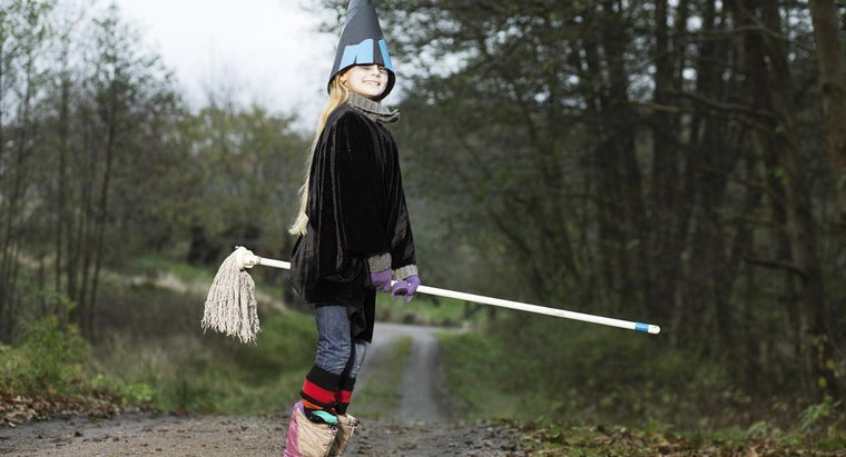 witch-hunts-still-happen-modern-times