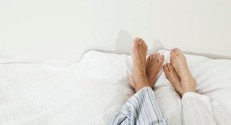 women-smaller-feet-men