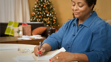 How Do You Write a Holiday Letter?