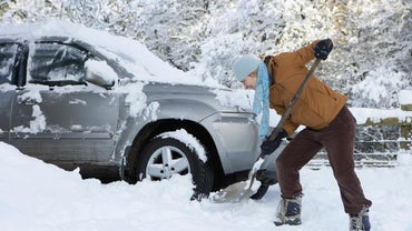 How Do You Write a Snow Removal Contract?