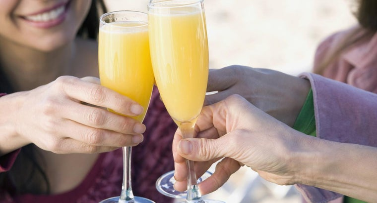 What Is a Recipe for a Mimosa?