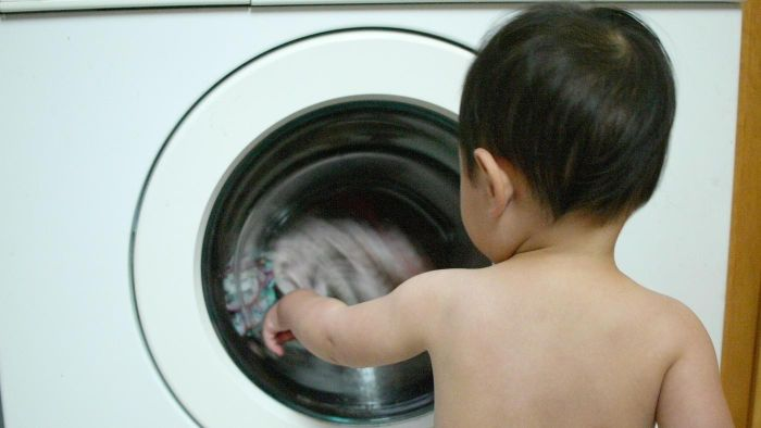 What Causes a Smelly Front Loading Washer?