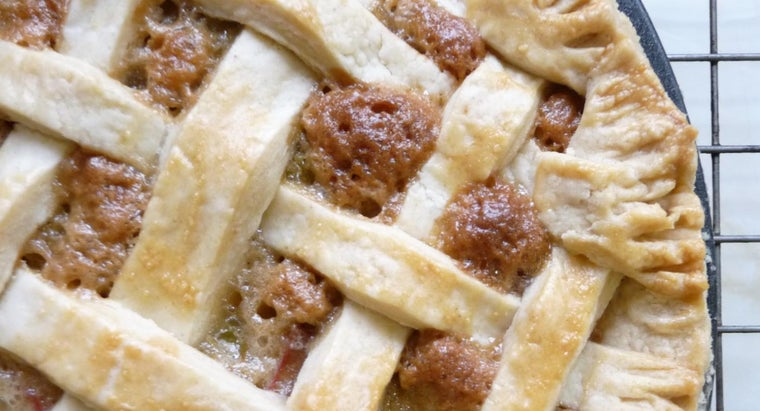 What Is a Good Recipe for Rhubarb Pie?