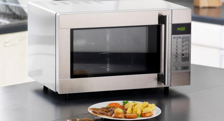 What Are Some Tips for Cooking in a Microwave?