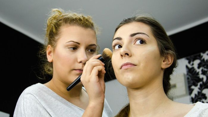 What Are Some Highly Regarded Cosmetology Schools?