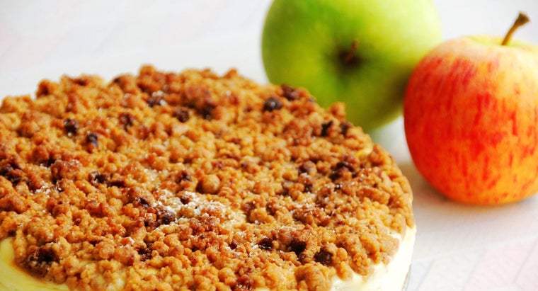 Is It Possible to Make Apple Crisp With Cake Mix?