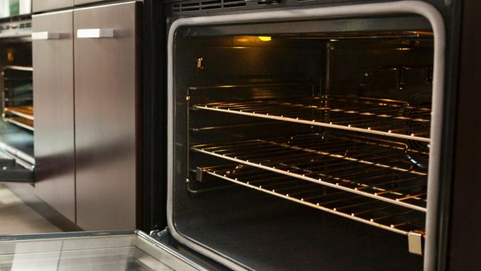 What Are the Directions for Self-Cleaning an Oven?