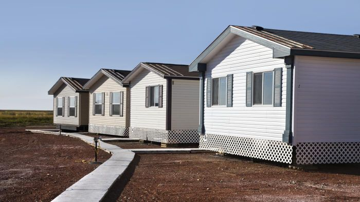 How do you buy one-bedroom mobile homes?