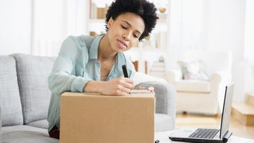 How Can You Locate Nearby FedEx Dropoff Centers?